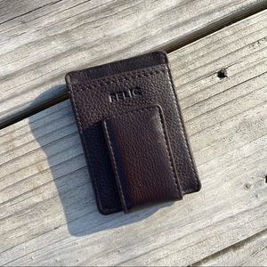 RELIC Brown Magnetic Money Clip and Card Holder